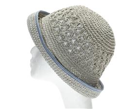 hat lots