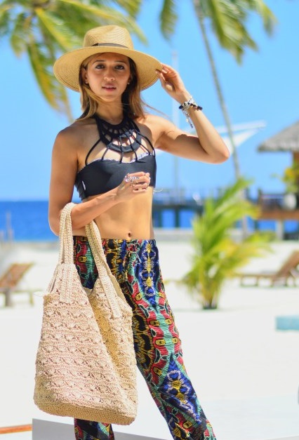 dynamic asia wholesale beach bags hats jyotsna 16a9bee03d7b6
