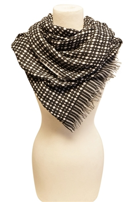 wholesale-blanket-scarf-black-white-dots
