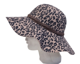 58ab96f13bcbd womens headwear - Wholesale Straw Hats   Beach Bags